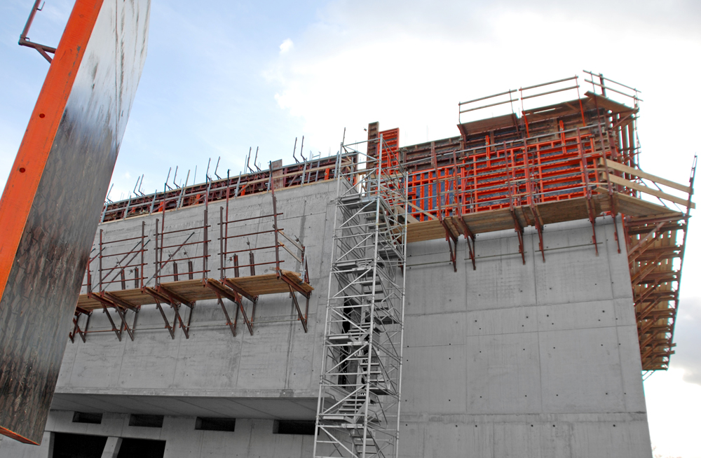 Formwork for extremely high concrete pressures